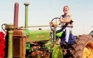 Tractor_thumb.jpg