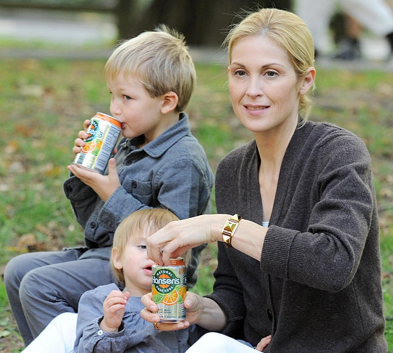 Kelly Rutherford with children (Son Hermes and daughter Helena)