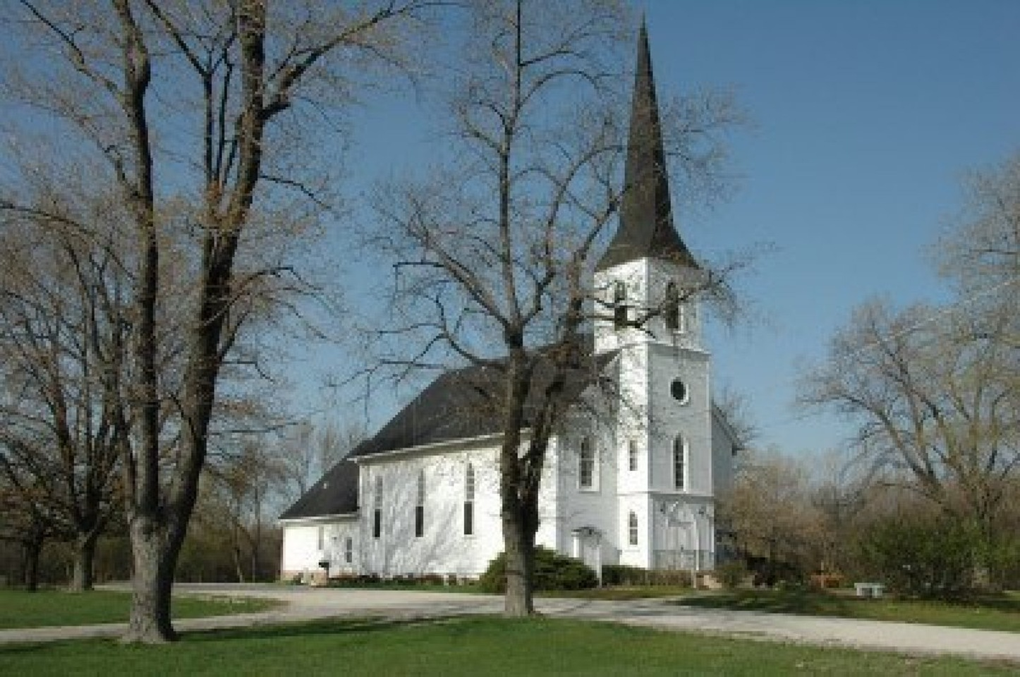 old-country-church-in-michigan